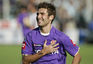 Fiorentina's Adrian Mutu reacts after scoring a penalty during his Italian Serie A soccer match against Juventus at the Artemio Franchi stadium in Florence
