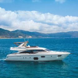 ferretti-yachts-690_hard-top-version
