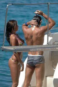 Marco Borriello e Belen Rodriguez in barca in Sardegna
