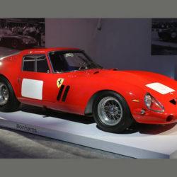 Ferrari 250 GTO con 38,115 mln dollari record mondiale aste