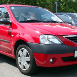 Dacia_Logan_front_20070611