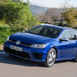 Volkswagen-Golf_R_Variant_2015_1280x960_wallpaper_0a