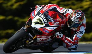 chaz_davies_tests_panigale
