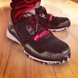 adidas-d-lillard-1-away-on-foot