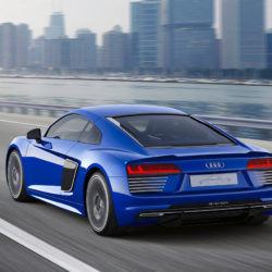 audi-r8-e-tron-piloted-driving-concept_5