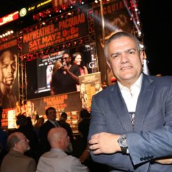 hublot-and-floyd-mayweather-score-a-knockout-partnership-for-the-fight-of-the-century-ricardo-guadalupe-2