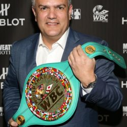 hublot-and-floyd-mayweather-score-a-knockout-partnership-for-the-fight-of-the-century-ricardo-guadalupe