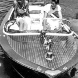 02_Brigitte-Bardot-Sami-Frey-a-Saint-Tropez-1963