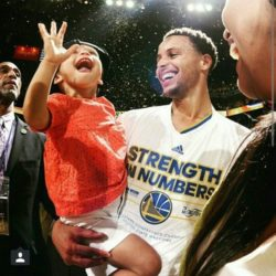 riley curry5
