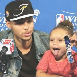 riley curry8