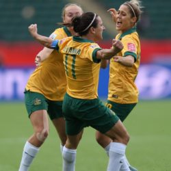 (150617) -- EDMONTON, June 17, 2015 (Xinhua) -- Lisa De Vanna (C) of Australia celebrates for scoring during the group D match against Sweden at the Commonwealth Stadium in Edmonton, Canada, on June 16, 2015. The match ended with a 1-1 draw. (Xinhua/Qin Lang)