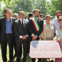 Daniele Bottallo / La Presse 18-06-2015  sport, calcio Juventus - inaugurazione giardino Piero Rava nella foto: un momento dell'evento, Calcagno, Pessotto, Gallo, fam. Rava  Daniele Bottallo / La Presse 18-06-2015  sport, soccer Juventus - opening the garden Piero Rava in the picture: a moment of the event, Calcagno, Pessotto, Gallo, fam. Rava