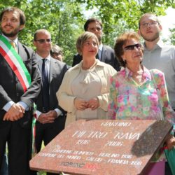 Daniele Bottallo / La Presse 18-06-2015  sport, calcio Juventus - inaugurazione giardino Piero Rava nella foto: un momento dell'evento, Gallo, Pessotto, fam. Rava  Daniele Bottallo / La Presse 18-06-2015  sport, soccer Juventus - opening the garden Piero Rava in the picture: a moment of the event, Gallo, Pessotto, fam. Rava