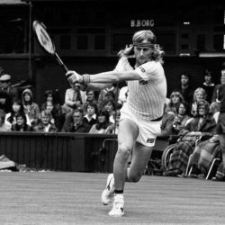 File photo dated 23-06-1980 of Bjorn Borg. PRESS ASSOCIATION Photo. Issue date: Sunday June 22, 2015. Borg's looping back-swing became a trademark part of the Swede's armoury and he unleashed it with particular effect on the backhand side. Deploying levels of top spin unseen before in the game, Borg's two-hander was an essential part of his five consecutive Wimbledon wins. See PA story WIMBLEDON Ultimate Champion. Photo credit should read PA/PA Wire. Wimbledon, le immagini che hanno fatto storiaLaPresse  -- Only Italy