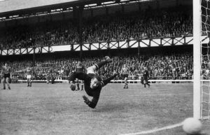 Lev-Yashin-USSR-Russia-Best-Goalkeepers-3