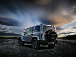 jeep-wrangler-black-edition-ii_2