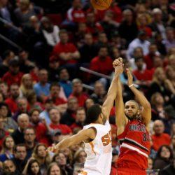 Feb. 5, 2015 - NICOLAS BATUM (88) shoots and hits a three-pointer. The Portland Trail Blazers play the Phoenix Suns at the Moda Center on February 5, 2015. Lapresse Only ItalyNba - Le partite della notte
