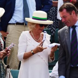 Chairman Philip Brook gives the Duchess of Cornwall (centre) Andy Murray's sweat band which he caught on Court 1 during day Four of the Wimbledon Championships at the All England Lawn Tennis and Croquet Club, Wimbledon. PRESS ASSOCIATION Photo. Picture date: Thursday July 2, 2015.  See PA Story TENNIS Wimbledon. Photo credit should read Dominic Lipinski/PA Wire. RESTRICTIONS: Editorial use only. No commercial use without prior written consent of the AELTC. Still image use only - no moving images to emulate broadcast. No superimposing or removal of sponsor/ad logos. Call +44 (0)1158 447447 for further information. Lapresse Only italyTennis - 2015 Wimbledon Championships - Quarto giorno