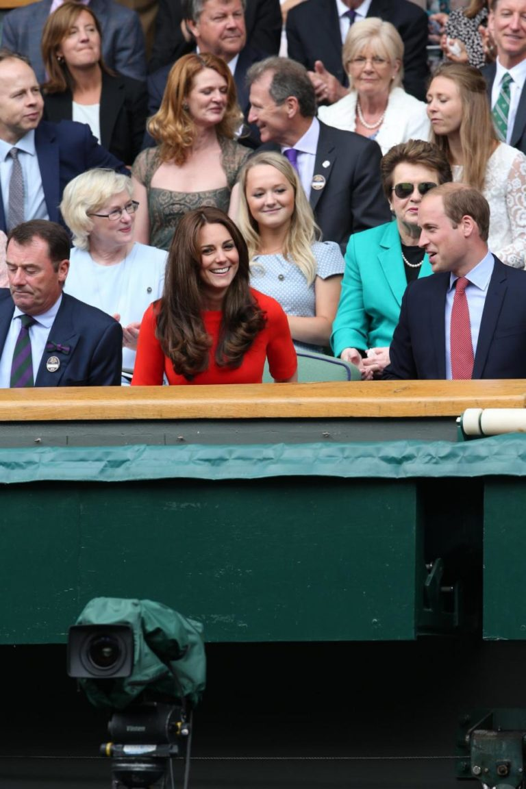 Image licensed to i-Images Picture Agency. 08/07/2015. London, United Kingdom. Arrivals on Centre Court on day nine of the  Wimbledon Tennis Championships in London.  Picture by Stephen Lock / i-Images Lapresse Only italyDuchi di Cambridge assistono in tribuna al Torneo di Wimbledon