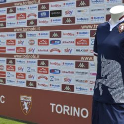 Foto LaPresse - Daniele Montigiani 13-07-2015  Bormio (Italy) sport Calcio Ritiro Estivo Torino FC Presentazione Maglie a Sky Nella foto: Maglia Blu, con back drop  Photo LaPresse - Daniele Montigiani 13-07-2015  Bormio (Italy) sport Calcio Pre season training Camp Torino FC Presentation clothing playing broadcaster In the photo: clothing Blu