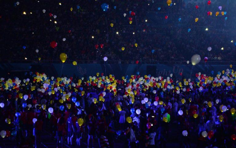 (150714) -- GWANGJU, July 14, 2015 (Xinhua) --  Colourful balloons fly during the closing ceremony of 2015 Summer Universiade at the Gwangju World Cup Stadium in Gwangju, South Korea, on July 14, 2015. (Xinhua/Tao Xiyi)(wll)
