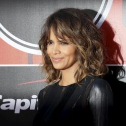 Actress Halle Berry arrives for the 2015 ESPY Awards in Los Angeles, California July 15, 2015.  REUTERS/Danny Moloshok