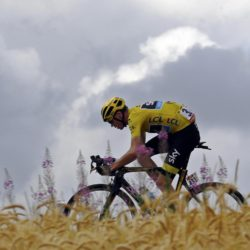 Team Sky rider Chris Froome of Britain wears the the overall leader's yellow jersey as he cycles during the 183-km (113.71 miles) 15th stage of the 102nd Tour de France cycling race from Mende to Valence, France, July 19, 2015.   REUTERS/Stefano Rellandini   TPX IMAGES OF THE DAY