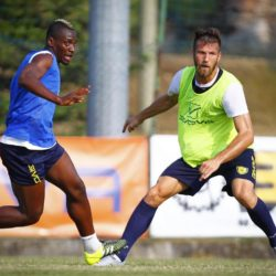 Foto LaPresse - Spada 21 07 2015  San Zeno di Montagna  , Vr ( Italia ) Sport Calcio Ritiro estivo Chievo Verona   - preparazione atletica   Calcio Campionato Serie A TIM 2015-2016  Nella foto:     mpoku cesar  Photo LaPresse - Spada 21 07 2015 San Zeno di Montagna , Vr   (Italy) Sport Soccer Summer retreat  Chievo Verona  - Athletic Italian Football Championship League A TIM 2015 2016    In the pic:   mpoku cesar