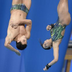 Foto Fabio Ferrari - LaPresse 25/07/2015 Kazan ( Russia )  Sport  16 Campionati del mondo FINA 2015 - Diving - Sincero Misto 10m piattaforma. nella foto:Durante la gara. Brasile - Oliveira Ingrid, Outerelo Luiz Felipe  Photo Fabio Ferrari - LaPresse 25 July 2015 Kazan ( Russian )  Sport 16th FINA World Championship 2015 - Diving -Mixed 10m Syncrhro Platform; In the pic:During the race, Brazil,  Oliveira Ingrid, Outerelo Luiz Felipe