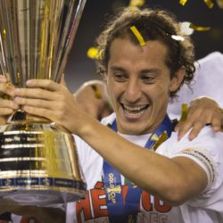 July 26, 2015: Mexico midfielder Andres Guardado (18) holds the CONCACAF Gold Cup Trophy while surrounded by teammates following the CONCACAF Gold Cup 2015 Final match between Jamaica and Mexico at Lincoln Financial Field in Philadelphia, Pennsylvania. Mexico won 3-1. Christopher Szagola/CSM. Lapresse Only italyVittoria del Messico nella finale Concaf 2015