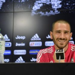Foto LaPresse - Daniele Badolato 28/07/2015 Vinovo ( Italia ) Sport Calcio ESCLUSIVA JUVENTUS Conferenza stampa per il rinnovo di contratto di Leonardo Bonucci con la Juventus Nella foto: Leonardo Bonucci  Photo LaPresse - Daniele Badolato 28 July 2015 Vinovo ( Italy ) Sport Soccer Juventus player Leonardo Bonucci extends his contract with Juventus In the pic: Leonardo Bonucci