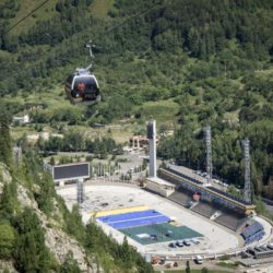 People travel in cable cars above the Medeu skating oval in Almaty, Kazakhstan, July 26, 2015. Kazakhstan is aspiring to host the 2022 Winter Olympics but many in the Central Asian nation view the bid as yet another vanity project of long-ruling President Nursultan Nazarbayev. Almaty, the financial capital, will go head-to-head with the Chinese metropolis Beijing on Friday when the International Olympic Committee elects the winner at its session in Malaysia. Picture taken July 26, 2015. REUTERS/Shamil Zhumatov
