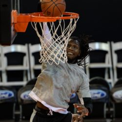 (150731) -- JOHANNESBURG, July 31, 2015 (Xinhua) -- Kenneth Faried of Team World dunks the ball during practice at Ellis Park Arena, Johannesburg, South Africa, on July 31, 2015. The first NBA Africa Game, which features a Team Africa vs Team World, will take place at Ellis Park Arena, Johannesburg Sartuday. (Xinhua/Zhai Jianlan)