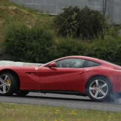 150432-car-vettel-f12berlinetta-006