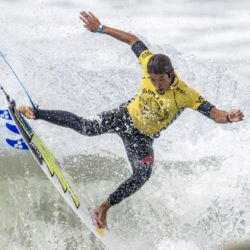 July 27, 2015 - Huntington Beach, CA, USA - Kanoa Igarashi competes during day 3 of Vans U.S. Open for Surfing at Huntington Beach, California on Monday, July 27, 2015.  ..///ADDITIONAL INFORMATION: usopen.sports.0728-7/27/15- KYUSUNG GONG, STAFF Kyusung Gong  (Credit Image:  Kyusung Gong/The Orange County Register via ZUMA Wire) Lapresse Only italyU.S. Open of Surfing 2015 a Huntington Beach