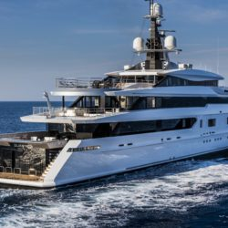 tankoa-presents-suerte-at-the-2015-monaco-yacht-show-tankoa-693-nav-484