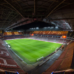 psv-becomes-first-football-club-in-the-dutch-premier-league-to-kick-off-under-led-lighting-philips-lighting-psv-fvbf061015-0302