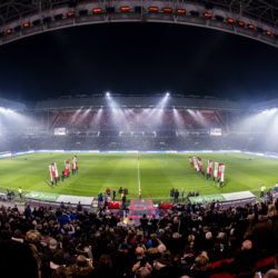 psv-becomes-first-football-club-in-the-dutch-premier-league-to-kick-off-under-led-lighting-philips-stadium-psv-01