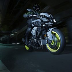 Yamaha MT-10 2016 (10)