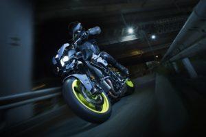 Yamaha MT-10 2016 (8)