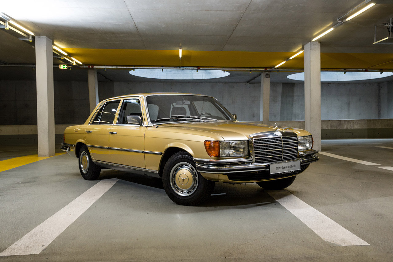 Mercedes le auto storiche sono in vendita al museo foto for 3 box auto in vendita