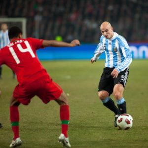 Argentine_-_Portugal_-_Esteban_Cambiasso