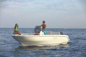 invictus-yacht-190fx-debutta-al-boot-dusseldorf-2016-bb1a1455
