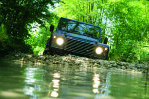 Land Rover Defender (10)