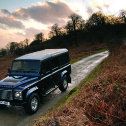 Land Rover Defender (19)