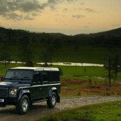 Land Rover Defender (25)