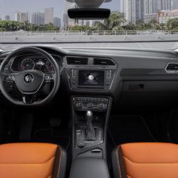 Volkswagen Tiguan (8)