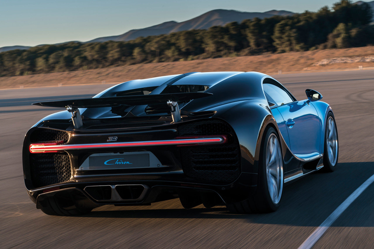 bugatti chiron  1 500 cv possono bastare    foto e video