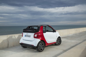smart fortwo cabrio, bodypanels: white, tridion cell: jupiter red, Line: prime