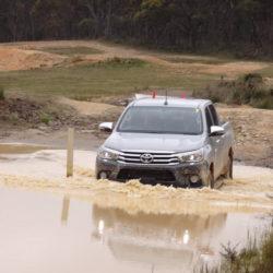 Toyota Hilux (6)